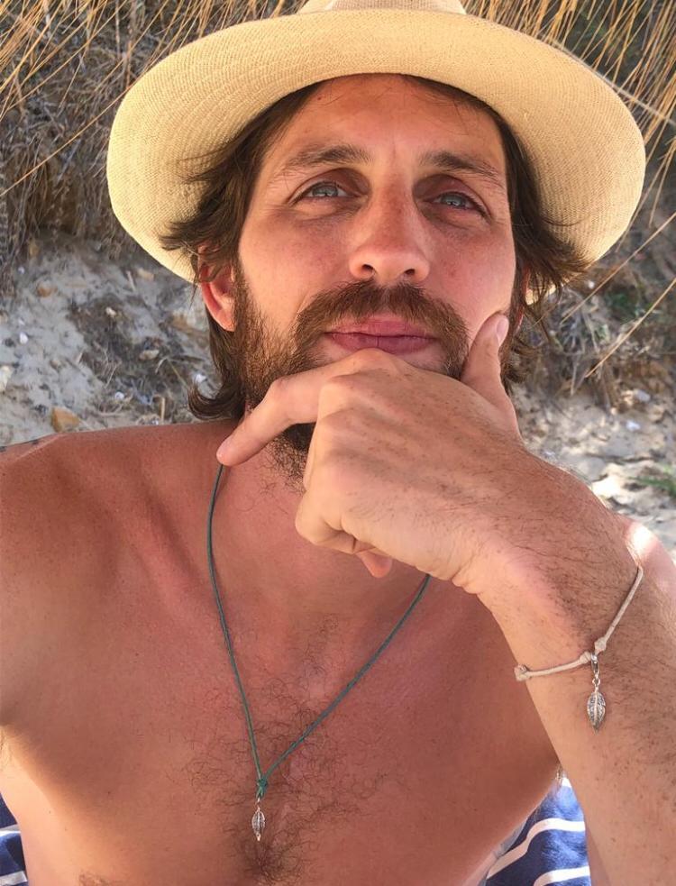 Bracciale uomo con piuma in argento 925. Thais Bernardes Gioielli