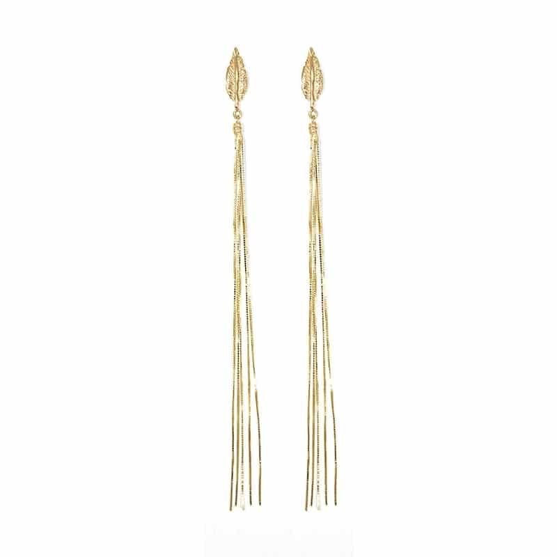 orecchino con piuma e catena in argento 925. Thais Bernardes Gioielli